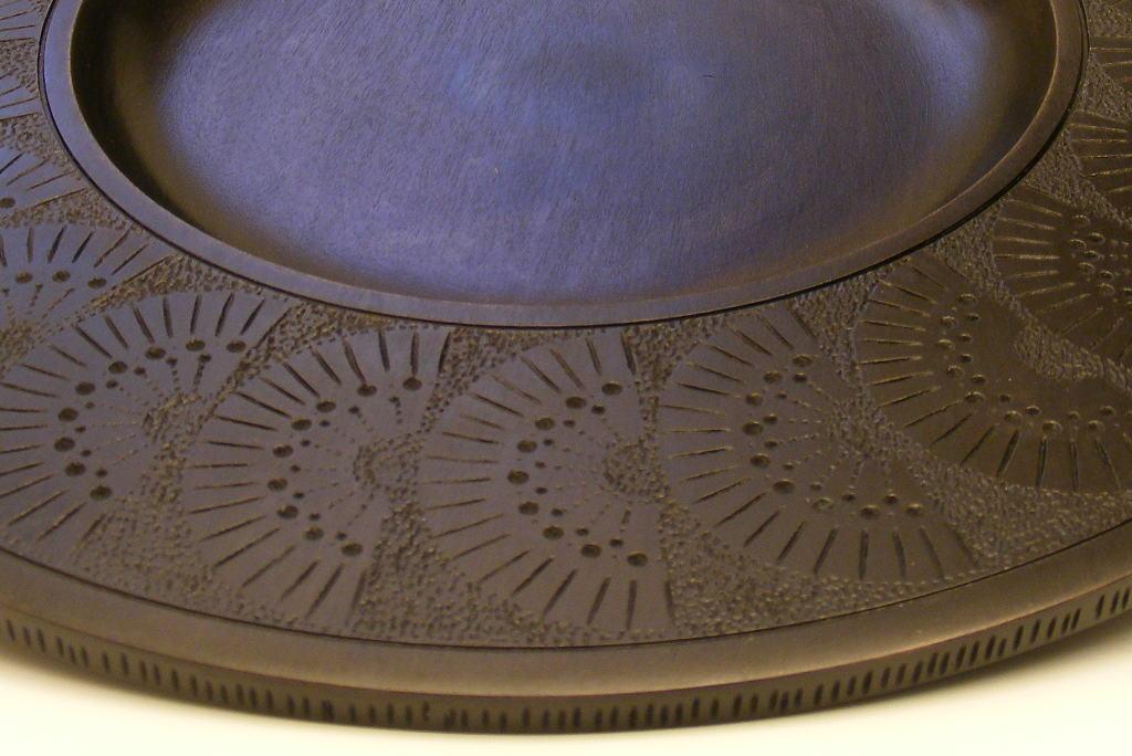 Black-Fan-Platter-Designer-Tableware-Wooden-Platter-Detail- & Black Fan Wooden Platter-Hand Carved Wide Rimmed Wood Platter ...