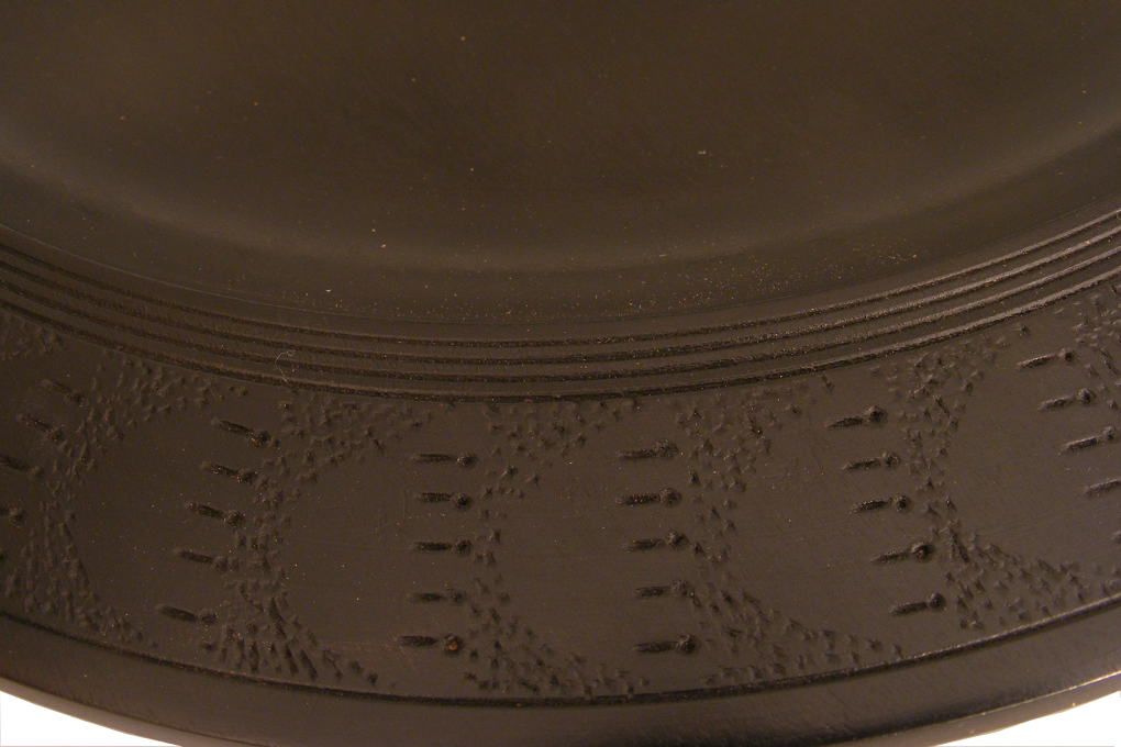 Black-Tomatoe-Plate-Carved-Wooden-Tray-Detail-TRAY-O-O-maple-RWP-Picture-179.jpg
