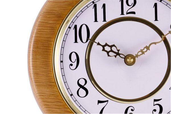 Classic Wall Clock w/ Painted Metal Insert -whgite & gold-Detail-CLOCK-GF-O-oak
