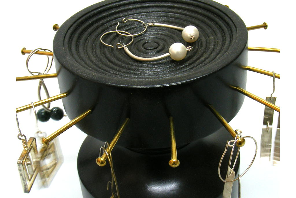 Earring-Holder-Wooden-Jewelry-Organizer-EARRING-B3-O-sapelli-RWP-014.jpg