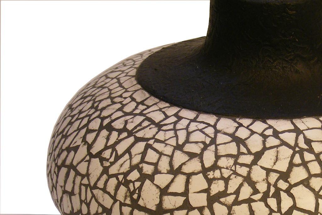 Eggshell-Vessel-Designer-Home-Decor-Wood-Vase-VESSEL-032-O-hackleberry-CW-Picture2-060.jpg