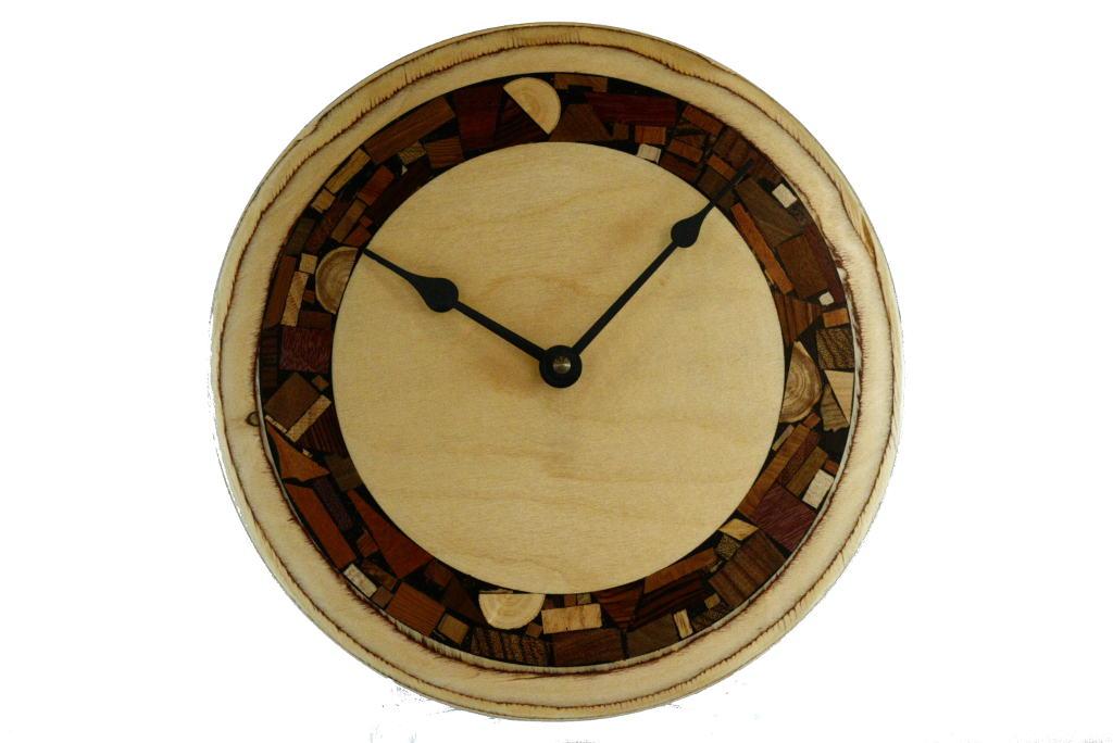 Funky Wall-Clock-Mosaics-on-Plywood-Modern-Wall-Clock