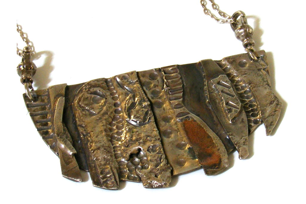 Silver-Statement-Pendant-Adventurer-Silver-Showpiece-Necklace-NECKLACE-Adventurer-5.4x3-Silver-PC-Picture4-024.jpg