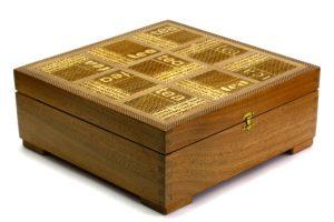 Laser-Etched-Deep-Wooden-Tea-Box-Tea-Selector-Box-Tea-Chest-Home-Decor-TEA-FLXL-9-sap-RWL-MG_3720-1.jpg