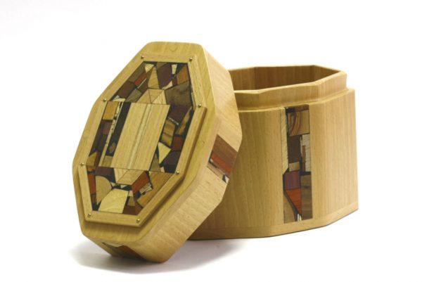 Open- Octagonal Wooden Etrog Box Protector-Judaica Gift-Bar Mitzvah Present-ETR-M4-O-Beech-RWC-MG_3845