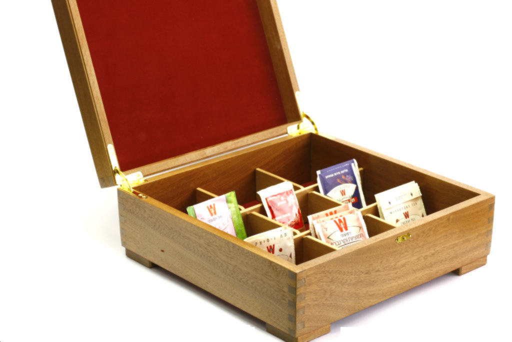 Laser Etched Deep Wooden Tea Box Solid Wood Selection