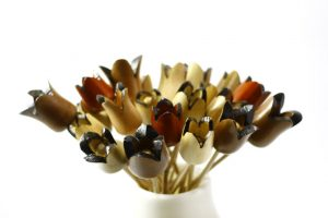 Wooden-Flower-Bouquet-Wood-Flowers-Home-Decor-FLOWERS-asst-O-many-RWL-MG_3528.jpg