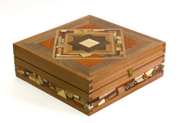 Mosaic-Tea-Box-Decorative-Tea-Boxes-Fancy-Tea-Chest-TEA-MF-9-sap-RWL-MG_3745.jpg