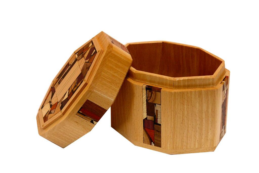 Octagonal Etrog Box-Wood and Mosaics-Judaica Gift-ETR-M4-O-Beech-RW_1stTryWhiteBal 018