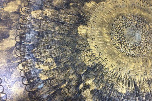 XL-Round-Black-Gold-Cutting-Board-Reversible-Wooden-Cutting-Board-Round-Shabbat-Challah-Tray-Kitchen-Bling-CUTPyro-XL-43cm-sap-RWCB-IMG_2448.jpg